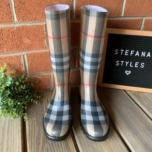Burberry Shoes - Burberry House Check Tall Rubber Rain Boots